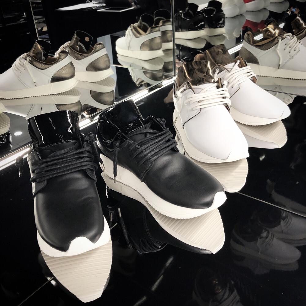 【Esse ut esse×1piu1uguale3  Sneaker】