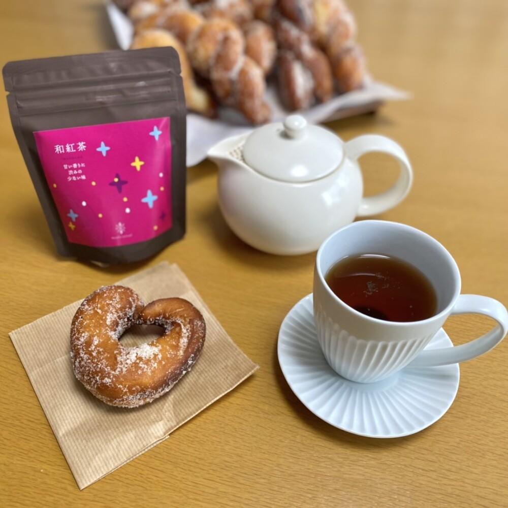 日本の紅茶でおやつの時間♪