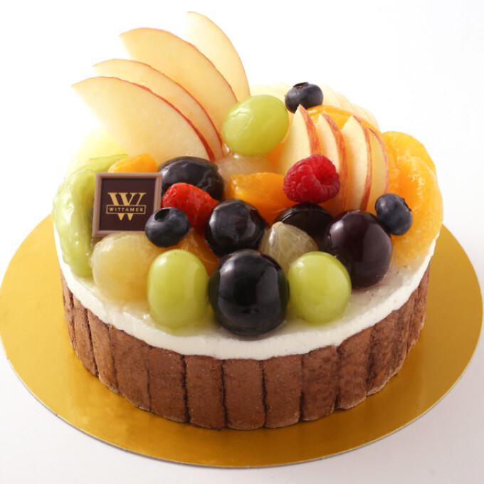 秋のおすすめケーキ シャルロット・レザン