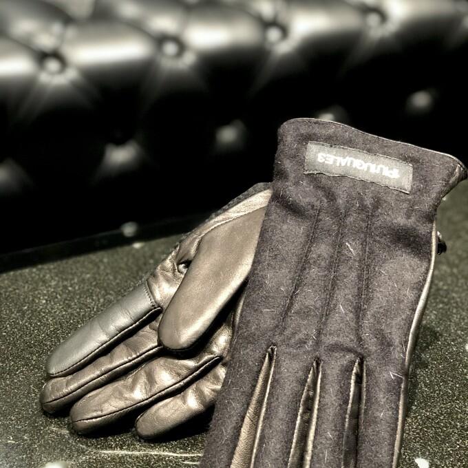 少数入荷 欠かせない冬アイテム【手袋】