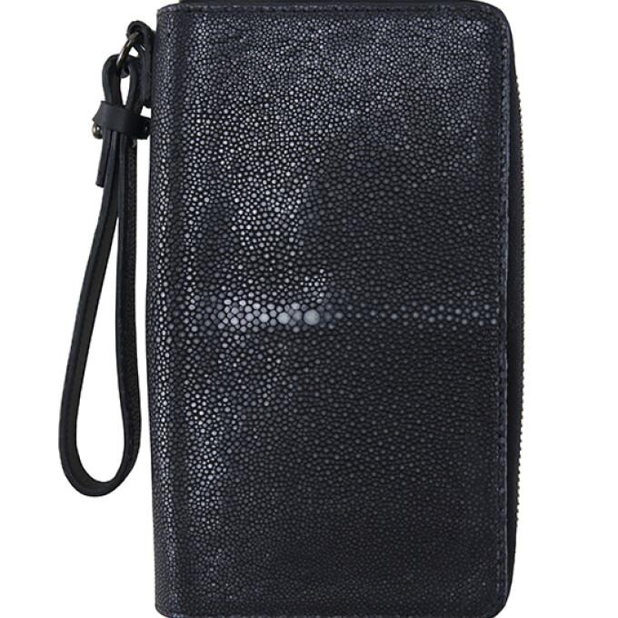スティングレイのクラッチ型の財布