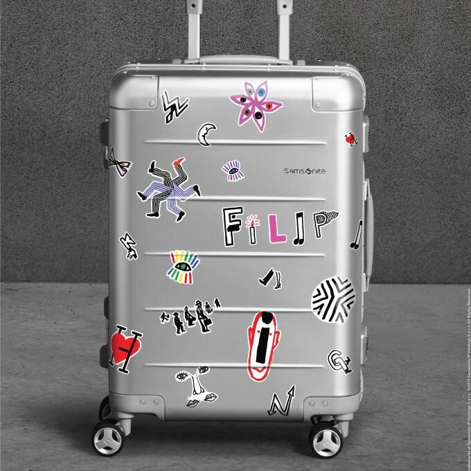 数量限定・アートコラボ アルミスーツケース発売