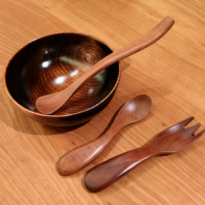 かわいく、実用的!子どもの木製食器