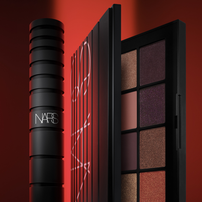 〈NARS〉CLIMAX  EXTREME  COLLECTION