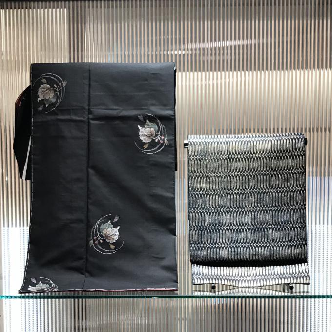 本場大島紬と紋屋井関の御寮織袋帯