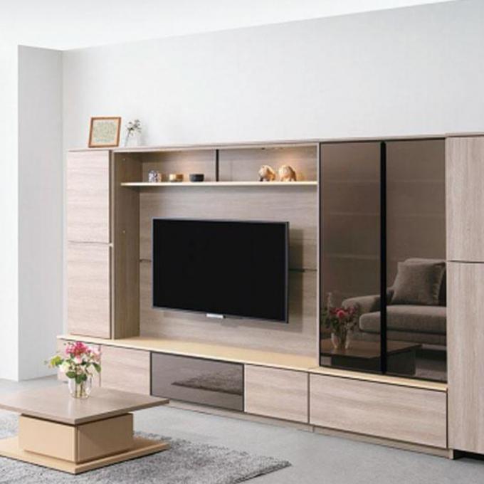 カスタマイズ自由!壁面収納テレビボードをご紹介。