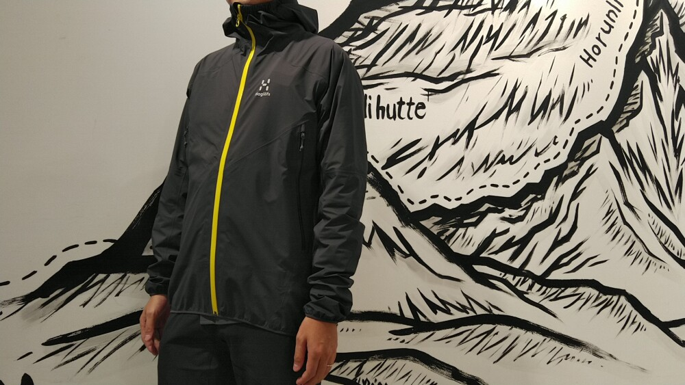 夏場にも強いGORE-TEX® Activeジャケット