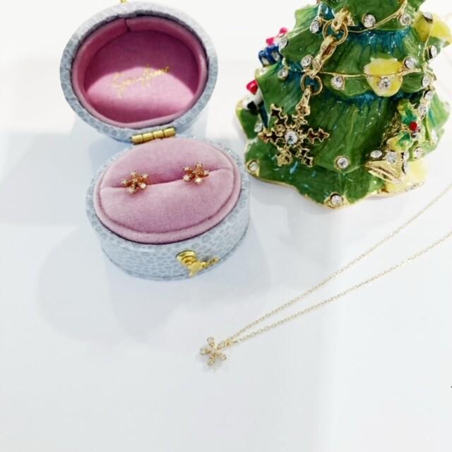 クリスマスプレゼントにおすすめなネックレスコレクション