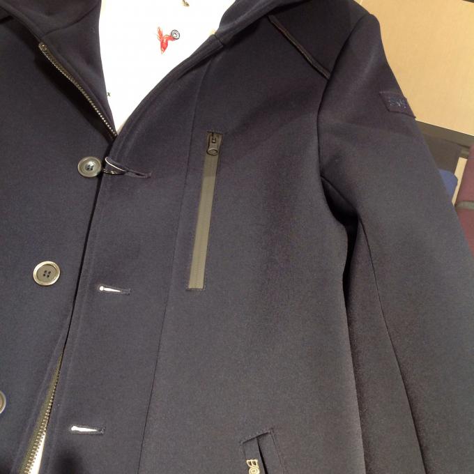 冬のお出かけに新感覚のコートはいかがですか?
