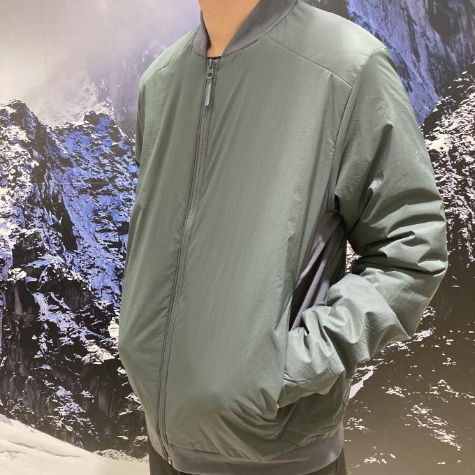軽くて暖かいボンバースタイルジャケットのご紹介