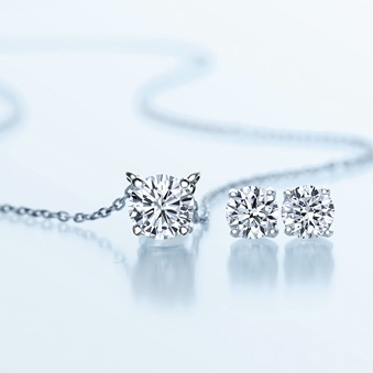 【VENDOME AOYAMA】永遠の定番 一石ダイヤモンドネックレスのご紹介