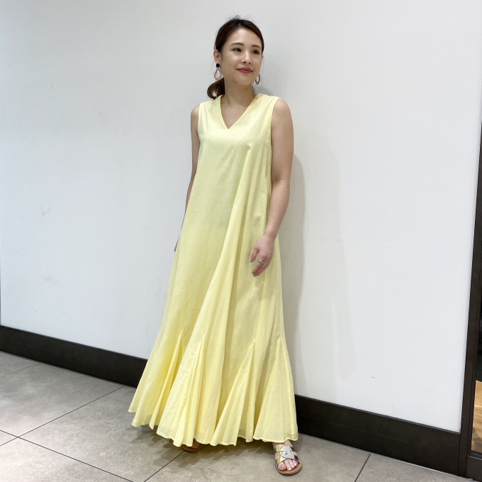 きれいを引き立てる<MARIHA>のワンピース&スカート