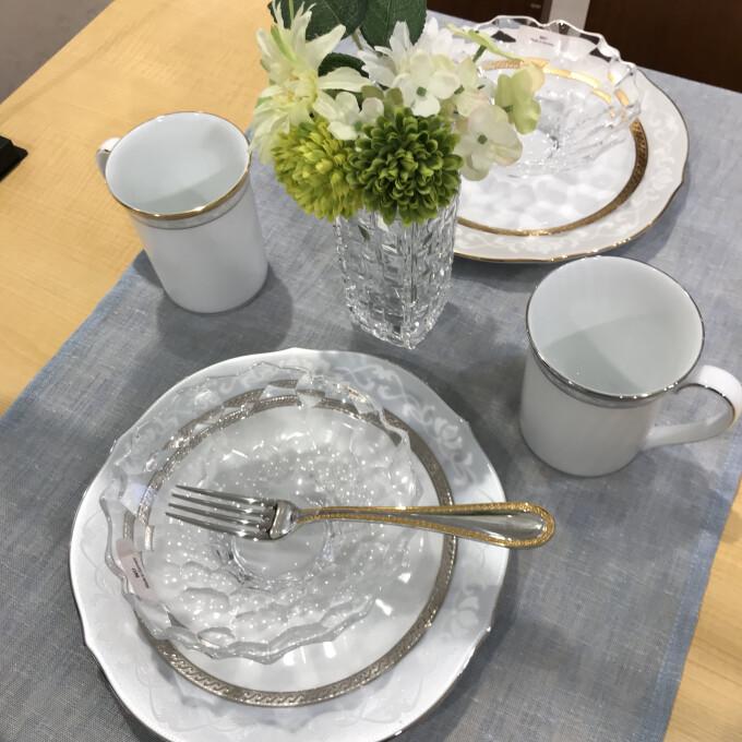 「ナハトマン」の食器で清涼感のある食卓に!
