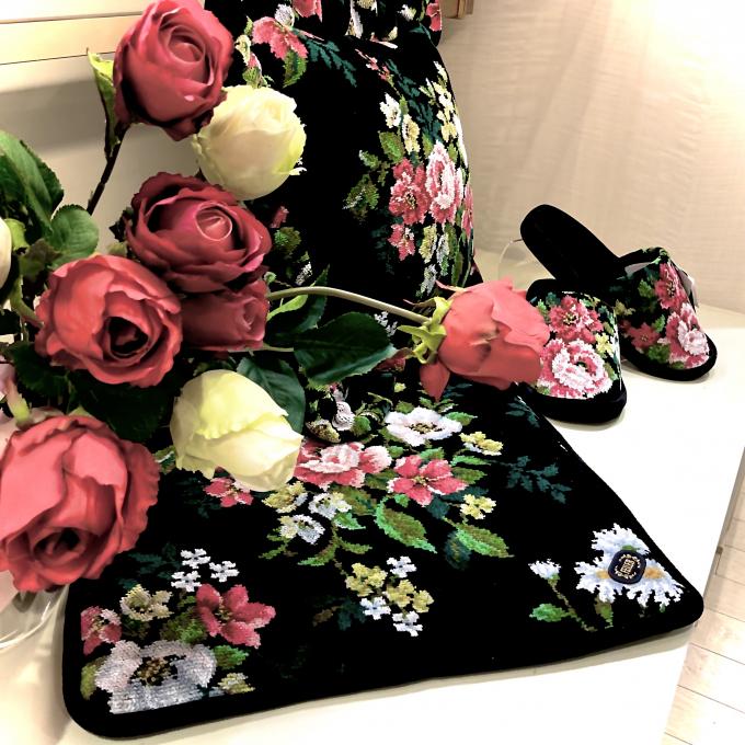 薔薇の花香る新柄🌹アントワネット