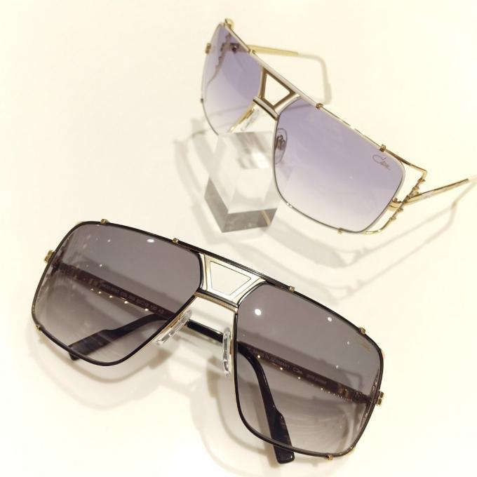 サングラスでモードな80年代気分を│カザールのサングラス
